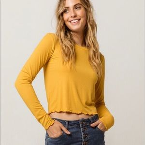 Long sleeve mustard yellow ribbed tee